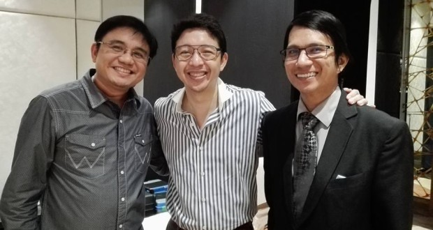 Digital evangelist Homerun Nievera (left) is with successful entrepreneurs RJ Ledesma of Mercato Centrale (center) and Rene Espinosa (right) of Powermax Consulting.